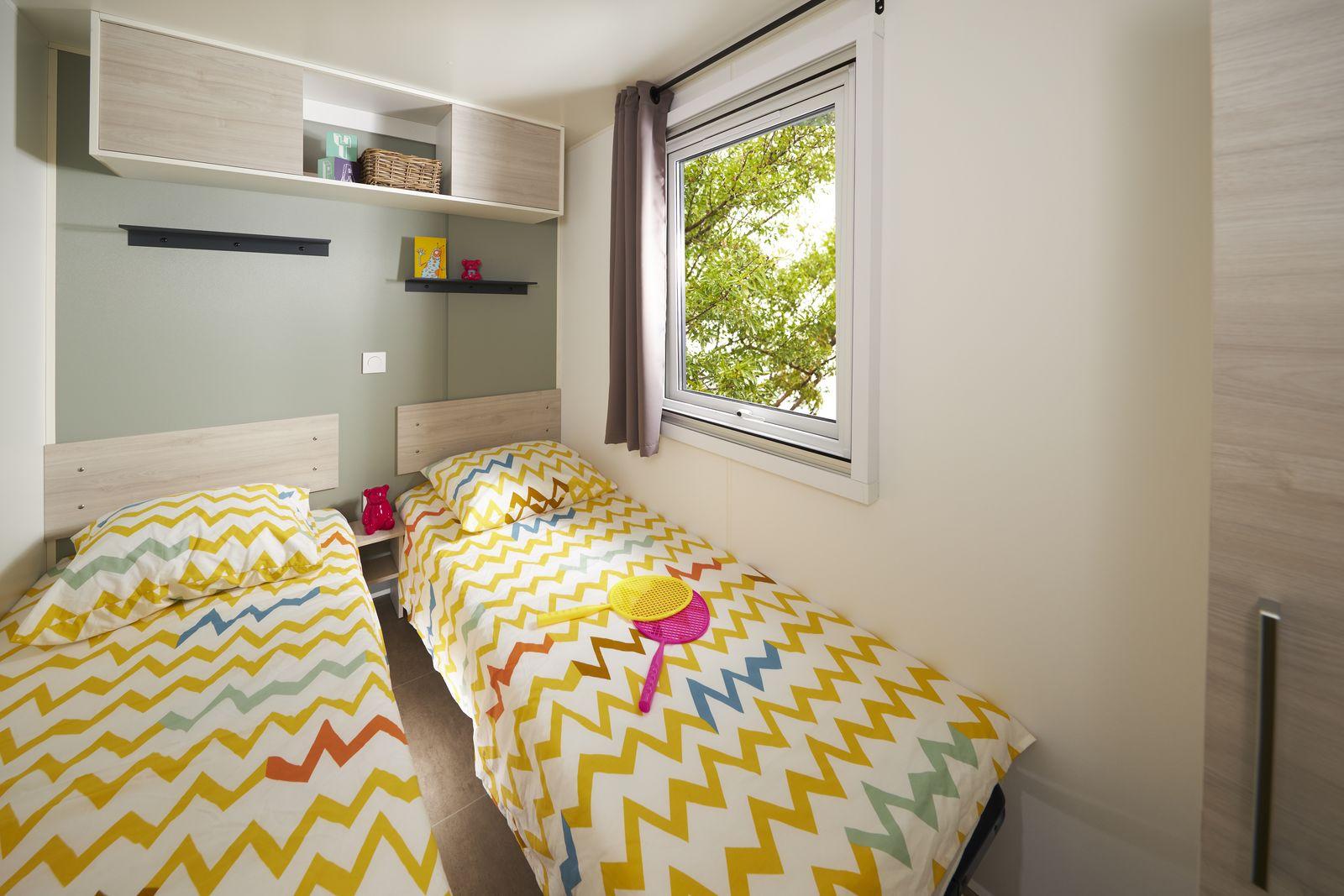 residences-trigano-mobil-home-2chambres-evolution29ti-chambre-enfants